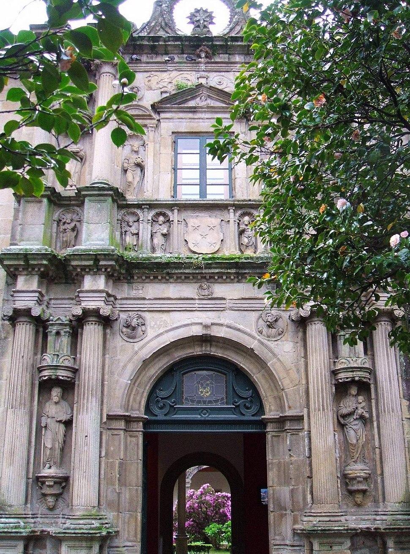 Santiago de Compostela - Colegio de Fonseca (o de Santiago Alfeo)Biblioteca General de la Universidad 2