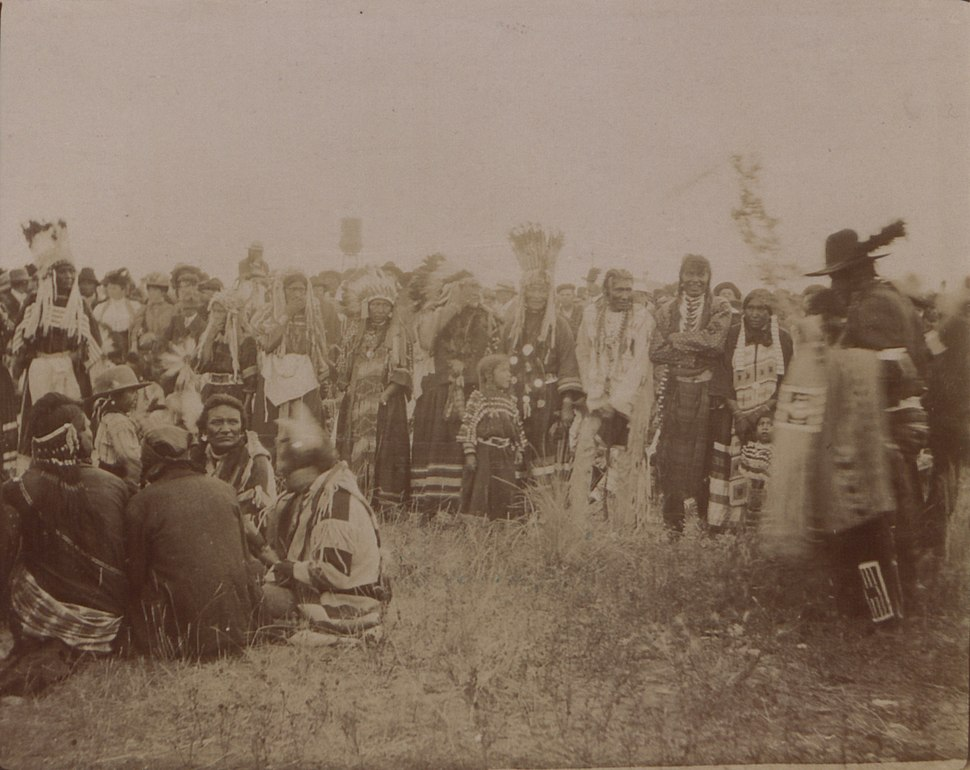 Scalp dance, Blackfoot Indians (HS85-10-18743)