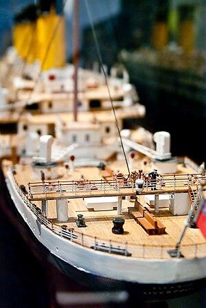 Afrikaans: Skeepsmodel van die RMS Titanic. Ne...