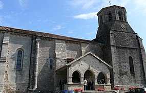 Secondigny - Eglise -1.jpg