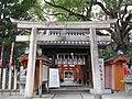 Shinodamori-kuzunoha-inari-jinja1.jpg