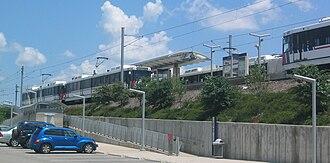 Shrewsbury–Lansdowne I-44 station - Image: Shrewsbury Metro Link station