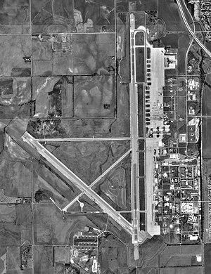 Salina Regional Airport - USGS 1991 orthophoto