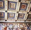Soffitto a cassettoni del salone principale e particolare parete.jpg