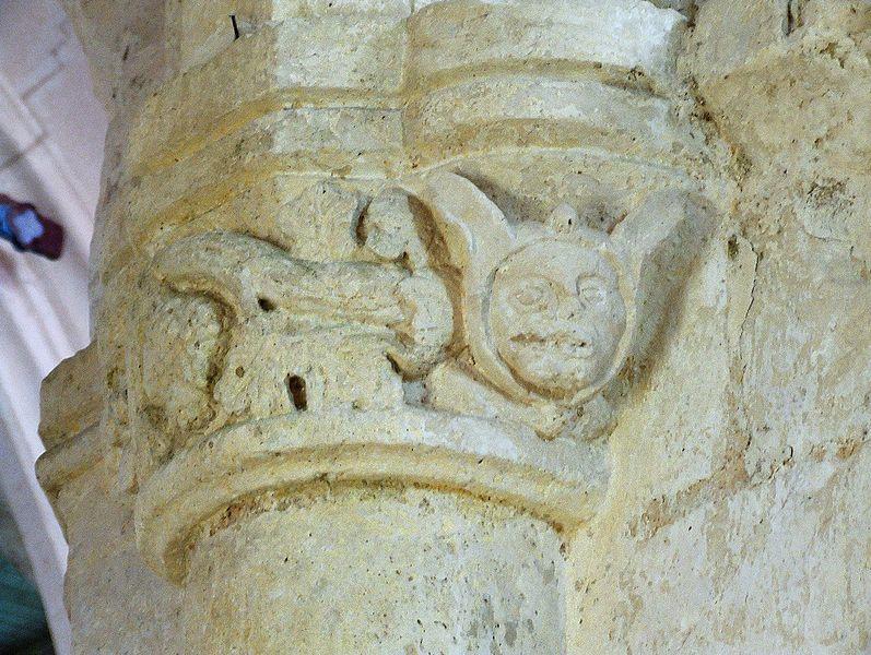 Soudron, détail d'un chapiteau de l'église St-Pierre-St-Paul