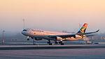 South African Airways Airbus A340-313 ZS-SXE MUC 2015 01.jpg