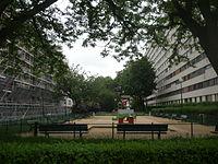 Square Auguste Renoir - Paris - P1270638.JPG