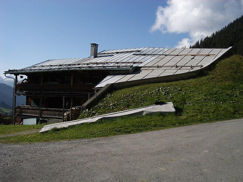 File:St.Antönien02.jpg