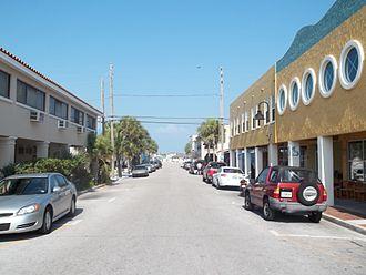 Pass-a-Grille - Image: St Pete Beach FL Pass a Grille HD street 02