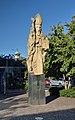 Statue St. Nicholas by Bernt Preisegger, Graz 02.jpg