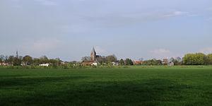 Steenderen - Image: Steenderen, dorpszicht met kerk 1+2 foto 7 2012 04 20 18.02