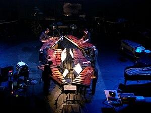Six Pianos - The London Sinfonietta performing Six Marimbas in 2005