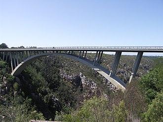 Paul Sauer Bridge - The N2 concrete arch bridge over the Storms River