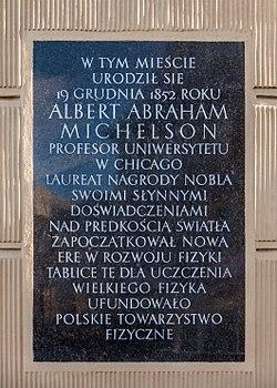 Strzelno tablica pamiatkowa Albert A Michelson 2017 03 27 054