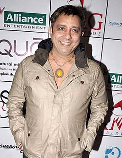 Sukhwinder Singh at Asha Bhosle's 80 glorious years' celebrations.jpg