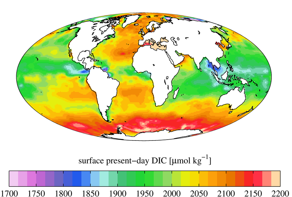 Surface ocean present-day DIC concentration, GLODAPv2