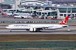 TC-JJJ - Turkish Airlines - Boeing 777-3F2(ER) - ICN (17300614411).jpg