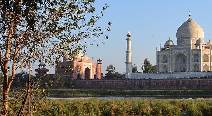 Taj Mahal, 2016.jpg