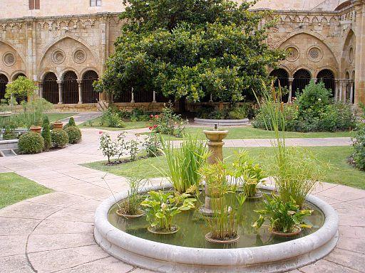 Tarragona - Catedral, claustro 02