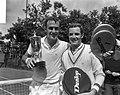 Tennis te Hilversum, John Newcombe en Tom Okker, Bestanddeelnr 917-9966.jpg