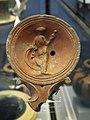 Terracotta oil lamp depicting Venus, 2nd century AD, Staatliche Antikensammlungen, Munich (8956872615).jpg