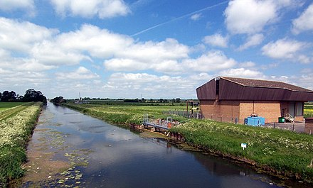 The Anglian Water intake at Cadney can abstract up to 31,000 Ml per year from the river. - River Ancholme