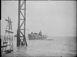 HMS Auriga (P419) - Image: The Royal Navy during the Second World War A28035