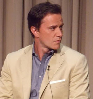 Pilot (White Collar) - Tim DeKay's performance as Peter Burke was particularly praised in the pilot.