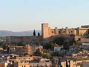 Photo of fortress looming above the city of Tortosa