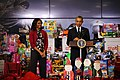 Toys for Tots, President Obama visits Joint Base Anacostia-Bolling 131106-M-LX723-010.jpg