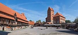 Trakai Island Castle Courtyard, Lithuania - Diliff.jpg