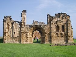 Tynemouth Priory3.jpg