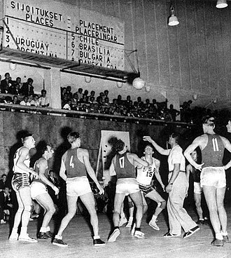 United States men's national basketball team - Game between the U.S. and the USSR in the 1952 Olympics