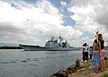 US Navy 070504-N-0879R-005 Family members say goodbye as Sailors aboard the Pearl Harbor-based guided missile cruiser USS Lake Erie (CG 70) depart for a deployment to the western Pacific.jpg