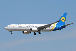 Boeing 737-800 der Ukraine International