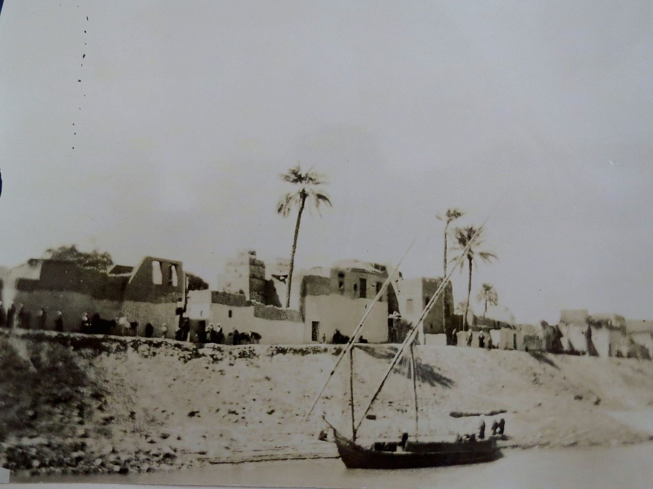 Heródoto y el Nilo 1280px-Village_on_the_Nile%2C_1891