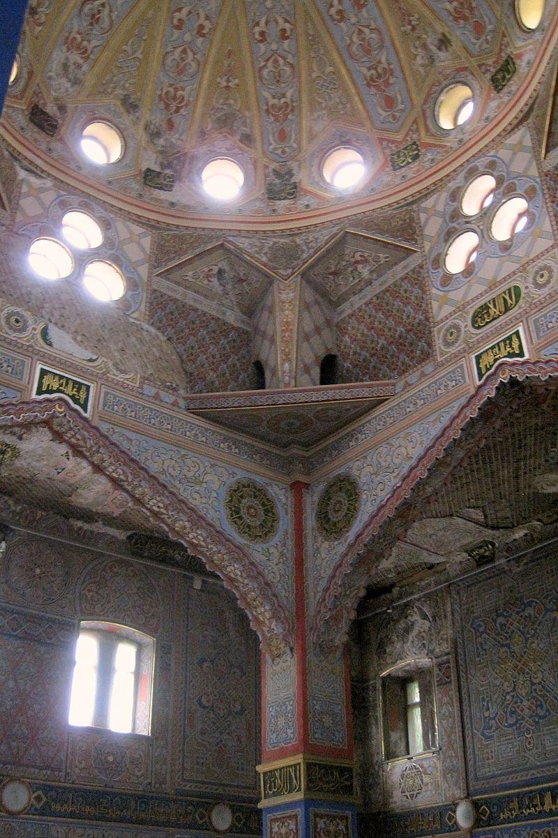 Vladikavkaz.054.Mukhtarov (Sunni) Mosque (1908).Interior.jpg