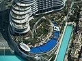 Vue du mall of Dubaï et son environnement à partir du 124ème étage du Borj Khalifa (plus de 800 mètres de haut) (6976108125).jpg