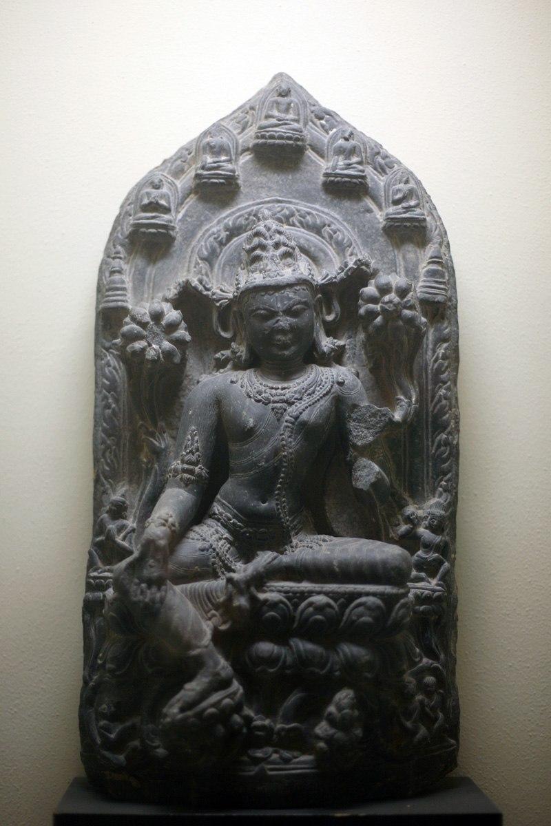 WLA brooklynmuseum Seated Avalokitesvara black chlorite