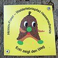 Walderlebnispfad Hessenschanze Wegzeichen.jpg