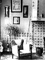 Wand met schilderijen en schouw - Midlum - 20443597 - RCE.jpg