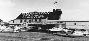 Washington-Virginia Airport - Main hangar at the Washington-Virginia Airport