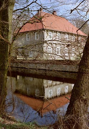 Lohne, Germany - Image: Wasserburg Hopen in Lohne