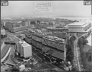 Watergate complex - The complex. The Kennedy Center is visible in the background. The boxy building at middle left is the former Howard Johnson's Motor Lodge, used during the 1972 Watergate burglaries to monitor the break-ins and wiretaps across the street.