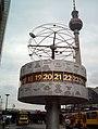 Weltzeituhr Alexanderplatz Berlin.JPG