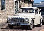 """""""Buckel-"""" Volvo PV 544 in Noord-Holland.jpg"""