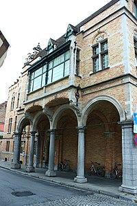 """""""DIT IS IN - GROENINGHE"""", beeldbepalend, neobarok breedhuis - Eekhoutstraat 2 - Brugge - 81854.JPG"""