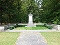 (3)Ehren-Grab für Jacob Burckhardt (1818–1897) auf dem Friedhof am Hörnli.jpg