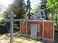 Братська могила радянських воїнів с. Очеретине.jpg