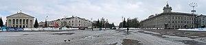 Драмтеатр имени Шевченка в Чернигове Панорама.jpg